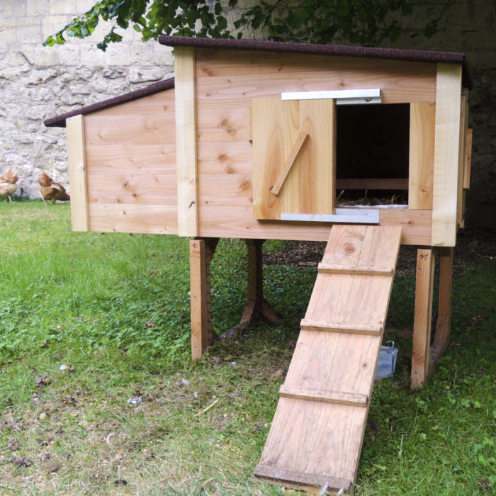 PHT-PAGE-MOBILIER-POULAILLER